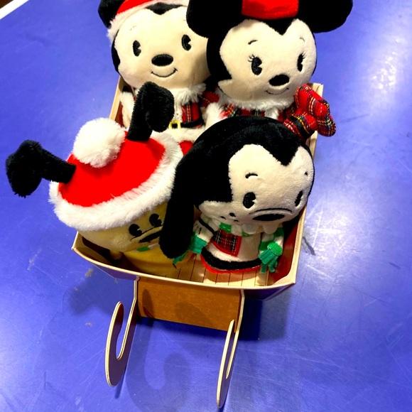 NWT Disney Hallmark itty bitty Mickey & friends